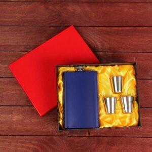 Подарочный набор 4 в 1: фляжка тёмно-синяя 300 мл, 3 рюмки 55010