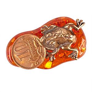 Лягушка с монетой (янтарь) 39768