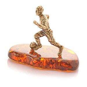 Футболист (янтарь) 40044