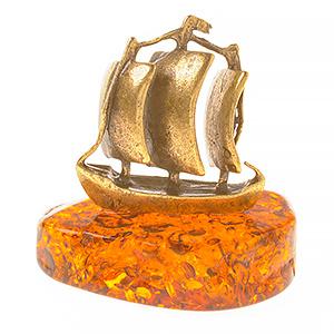 Корабль (янтарь) 39751