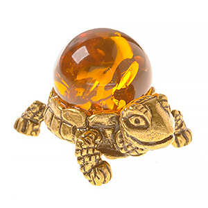 Черепаха с шаром (янтарь) 40074
