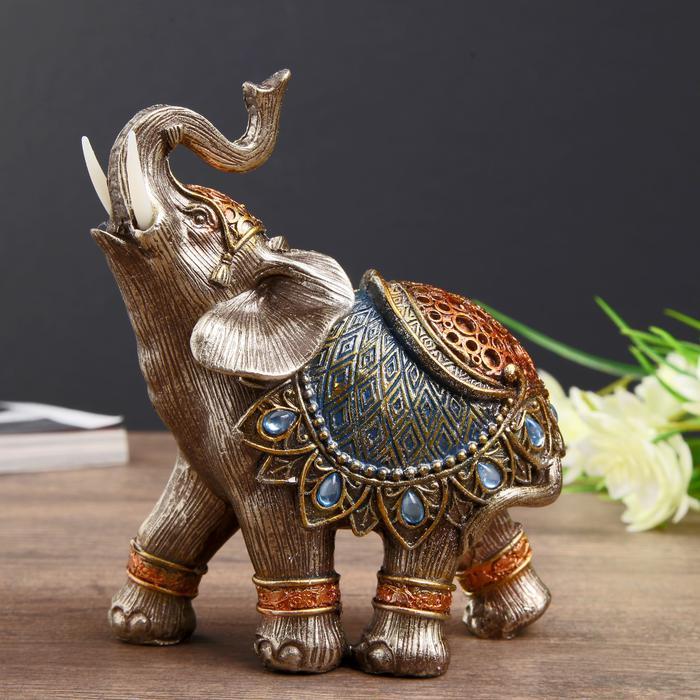 Слон в синей попоне с сапфирами 56015