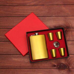 """Подарочный набор 6 в 1 """"Золото"""": фляжка 270 мл + 4 рюмки, воронка 48593"""